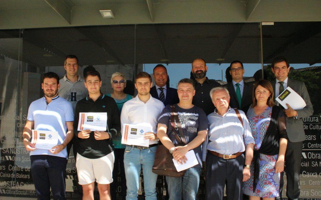 Entrega de los premios a los ganadores del XXIX Club de Inversión Bankia-UIB